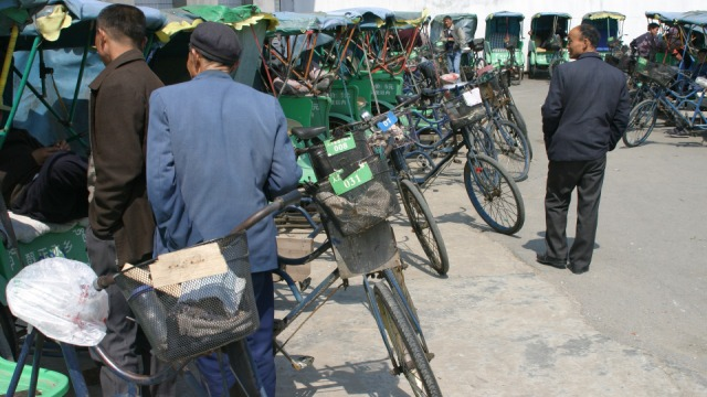 bicycle-rickshaw-2090557_1920