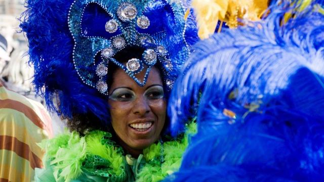 carnival-2619524_1920